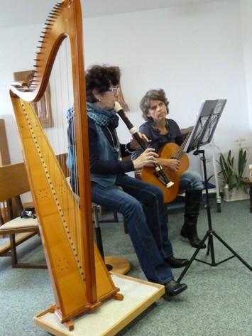 Musiker beim Gottesdienst