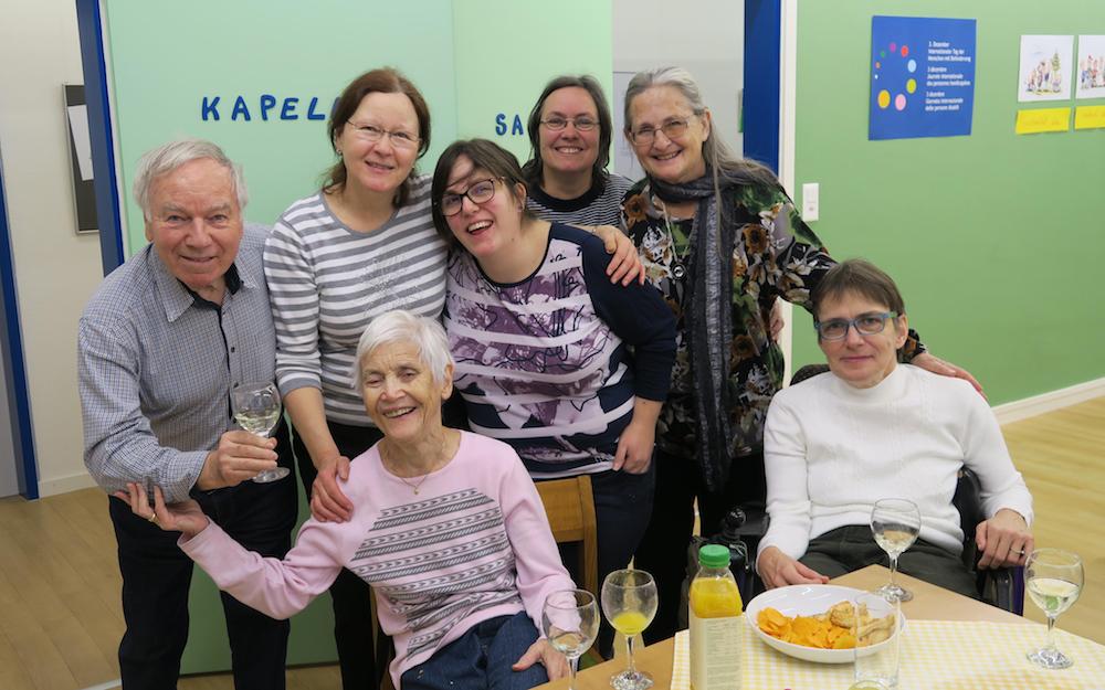 Gruppe ja-SL und Sympathisanten feiern Neujahreinklang
